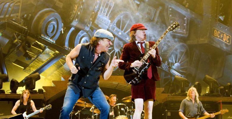 AC/DC'nin 'Power Up' albümü 18 ülkede bir numaraya yükseldi