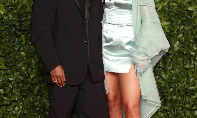 Rihanna aşkı A$AP Rocky'de buldu