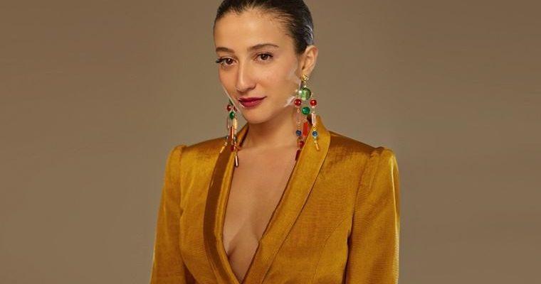 Melike Şahin'den ilk solo albüm: 'Merhem'