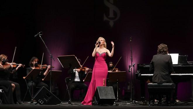 'Zamansız Aşk Şarkıları' 14 Şubat'ta İş Sanat'ta