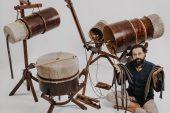 Görkem Şen, mucidi olduğu Yaybahar enstrümanıyla