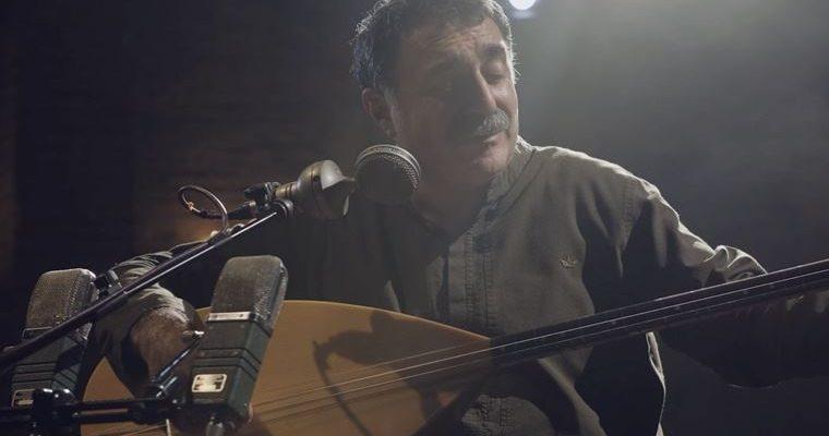Türk Halk Müziği sanatçısı Erdal Erczincan