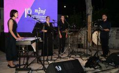 Kibritçi Kızın Tutkusu'nu Tarsus'ta seslendirdi