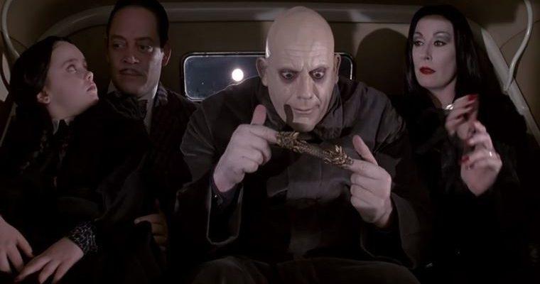 Tim Burton'ın çekeceği Addams Ailesi
