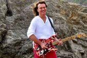 Eddie Van Halen yaşamını yitirdi