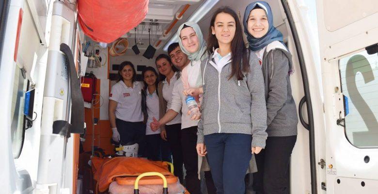 Sağlıkçılara özel bestenin çekimlerini TRT üstlendi