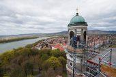 Estergon Bazilikası'nın haçından 176 yıllık zaman kapsülü çıktı