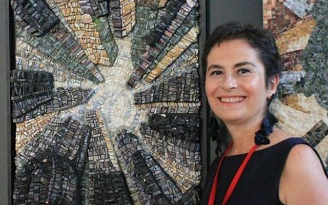 Yıldızlardan taşlara beş kıtadan mozaik sergisi