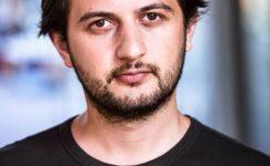 """Erdi Işık: """"Özgürce Oyun Yazan Yazarların En Büyük Sığınağı Alternatif Tiyatrolar"""""""